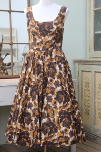 Brown and White 1950s prom dress