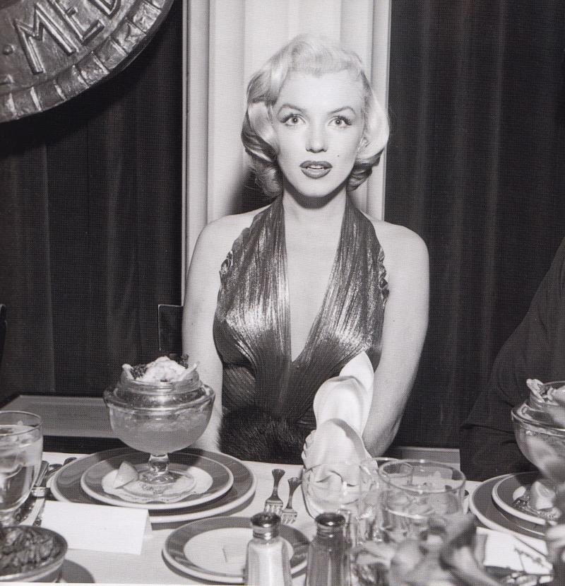 William Travilla, Gold Dress, Marilyn Monroe, Gentlemen Prefer Blondes, PhotoPlay Awards