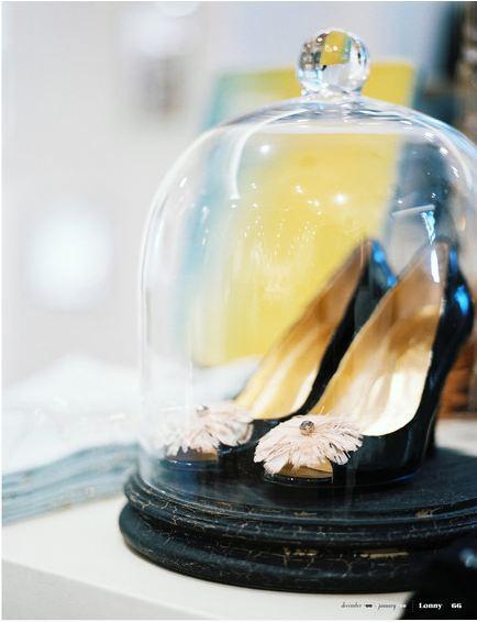 BellJar, Shoes under glass