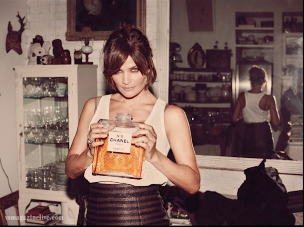 Helena Christensen, Chanel No5, vintage home