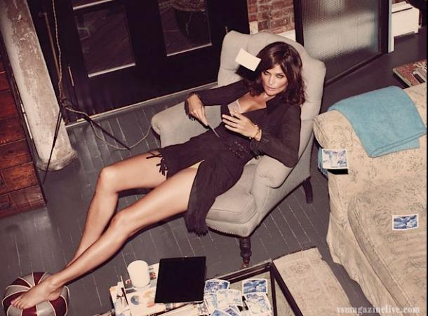Helena Christensen, at home