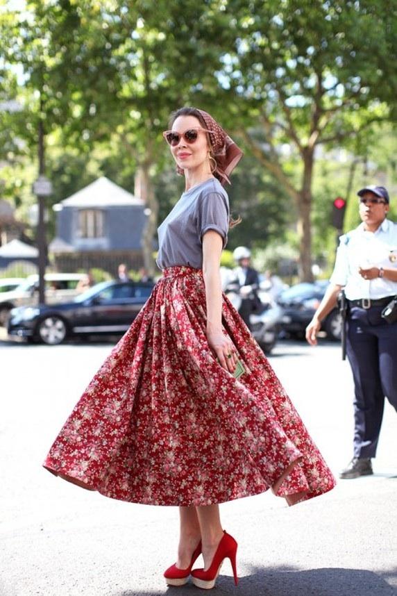 Ulyana Sergeenko, Full ditsy print skirt