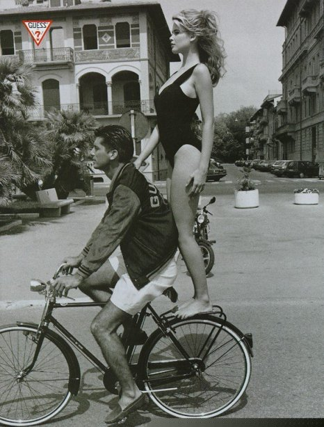 Claudia Schiffer, Guess, Ellen Von Unwerth, back of bicycle