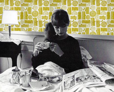 Jean Shrimpton, Logpile wallpaper, Roddy & Ginger