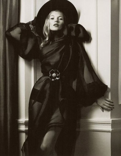 Kate Moss, Black Dress, 1930s style, Lachlan Bailey, Vogue December 2007