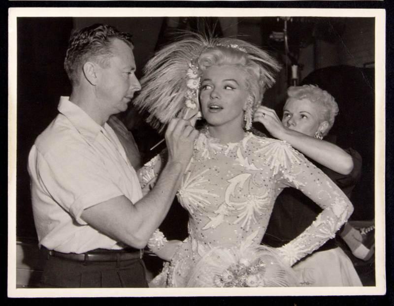 Marilyn Monroe and Whitey Snyder, on set Gentlemen prefer blondes