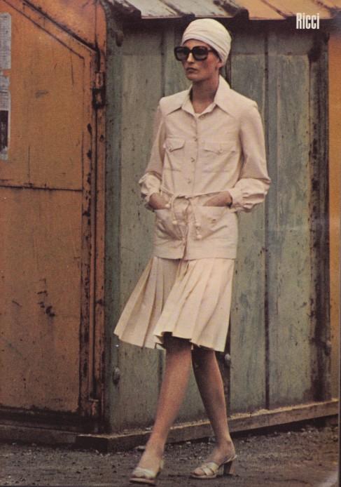 Helmut Newton, 1971 Harper's & Queen, Ricci