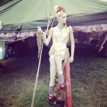 Wilderness Festival, Burlesque costumes, prangsta