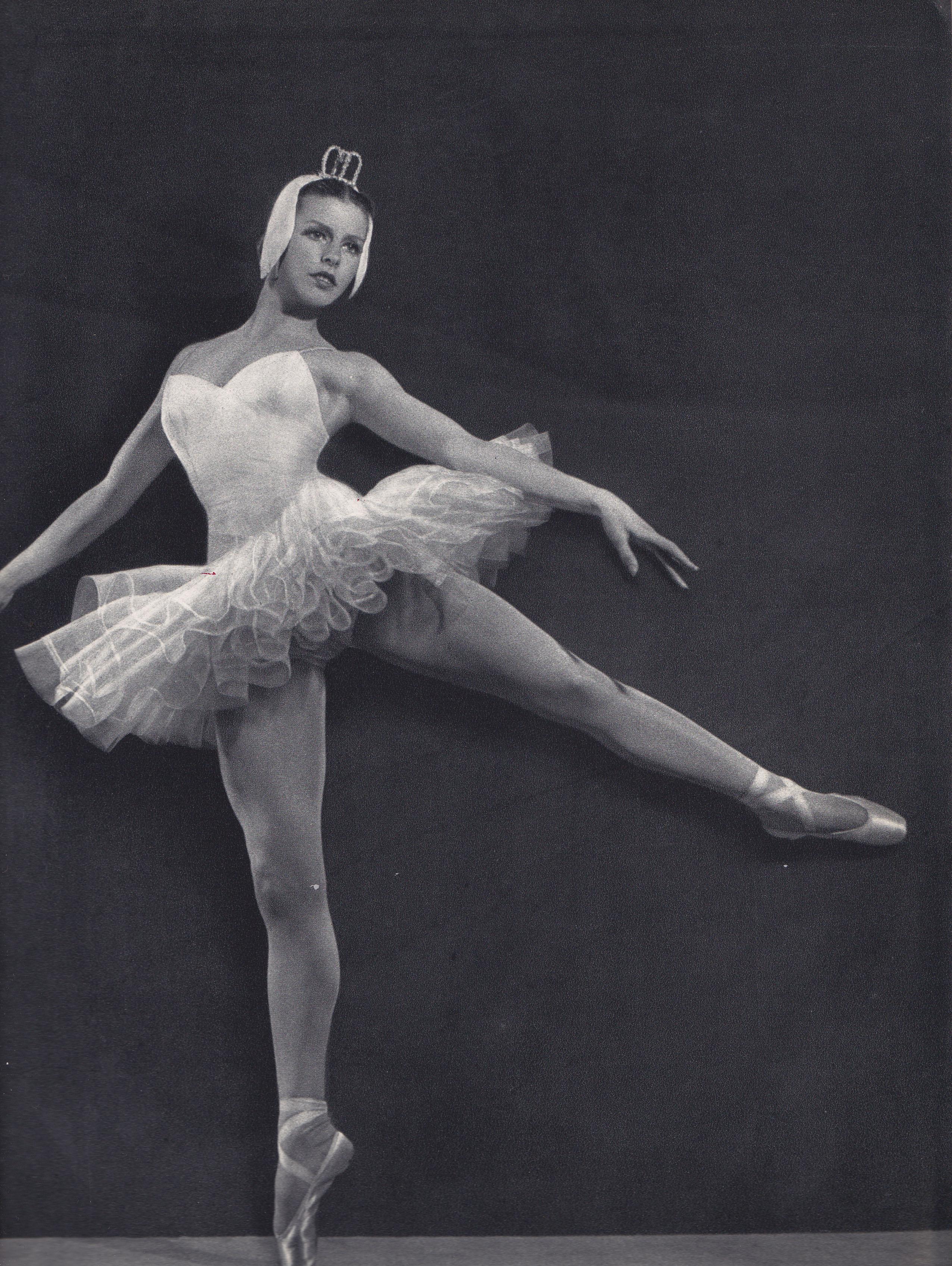 1000  images about Stunning Vintage Dancers on Pinterest