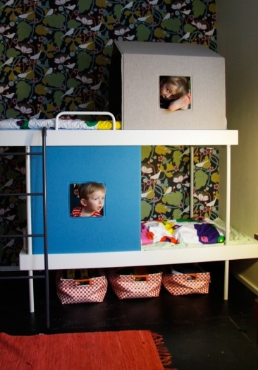 graphic wallpaper, children's bedroom, playroom