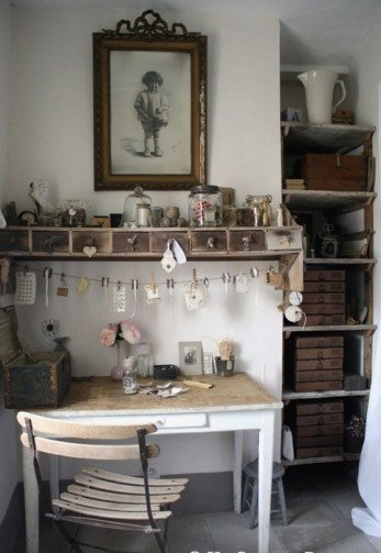 Work space, antique shabby chic