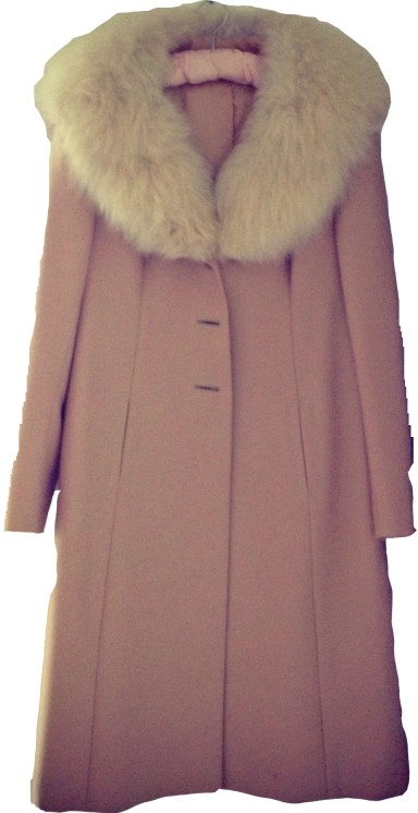Dusty pink fur collar vintage coat