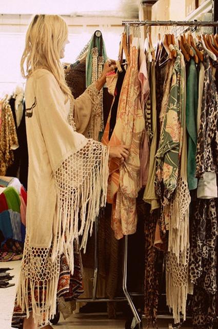 fringed kimono jacket, boho style, hippie style