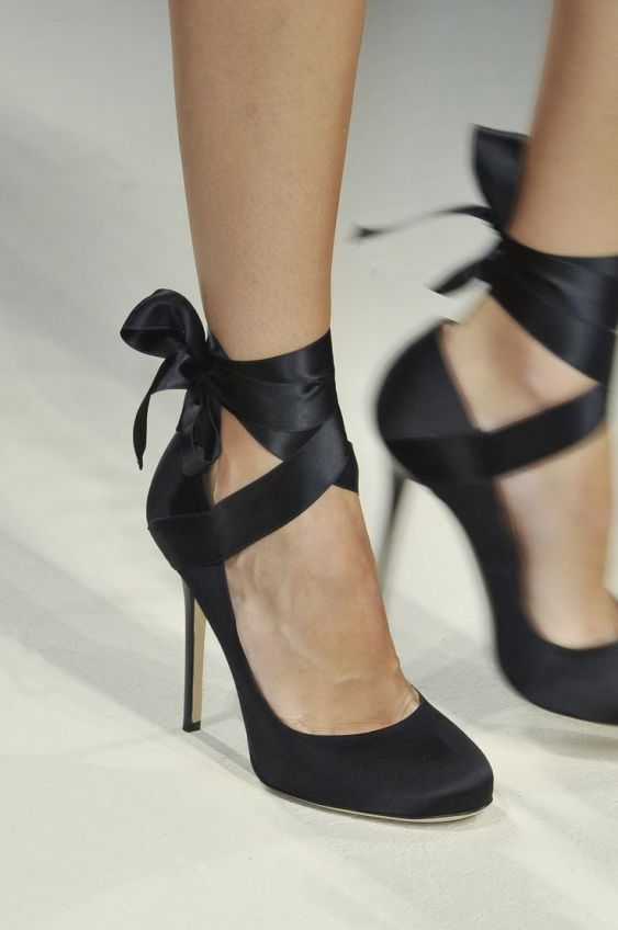 heeled ballet shoes with ribbons, alberta ferretti, SS 2014