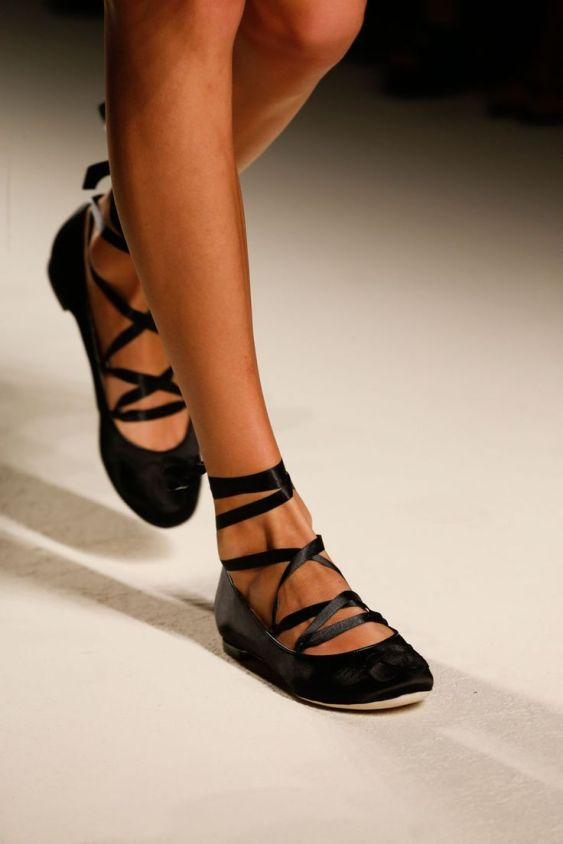 Flat ballet shoes with ribbons, Alberta Ferretti, SS2014