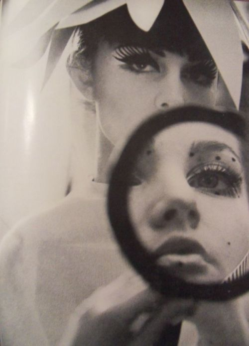 Mirror 1960s, Anothermag
